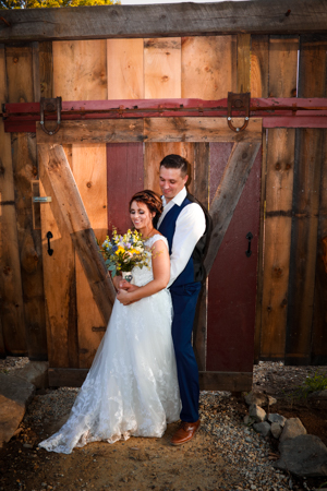 bride and groom photo Josiah's Meetinghouse Epping NH wedding photos